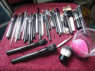 How to Deep Clean and Store your Makeup Brushes